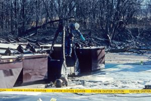 PCB cleanup operations on Wisconsin's Fox River circa 1989. (Wisconsin Department of Natural Resources image).